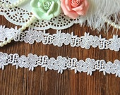 2 yards White lace trim, bridal lace trim, cotton lace, lace for bridal veil,flowers embroidered lace(6-7)