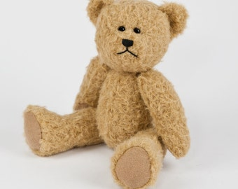 Travel Teds - Handmade, Hand Stitched Collectible Artists Mohair Teddy Bear - Hetty