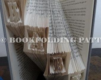 baby in blocks  book folding pattern