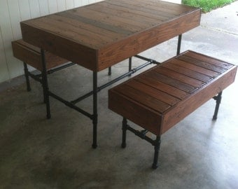 Pipe and Pallet Dining Table