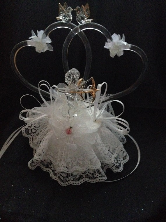 Glass Hearts With Cupid Wedding Cake Topper