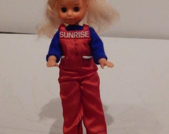 Sunrise in America Doll America by Gata box 1982