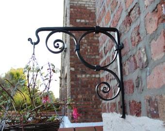 Hanging Basket Bracket, handmade ironwork by Tom Fell - Blacksmith