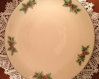 A beautiful Triomphe christmas dinner or serving plate.