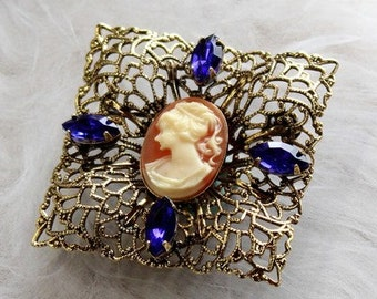 Brooch with Cameo, Antique Gold, 40mm (B1-3)