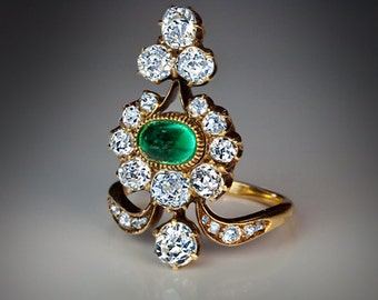 Belle Epoque Antique Old Cut Diamond and Cabochon Cut Emerald Gold Ring