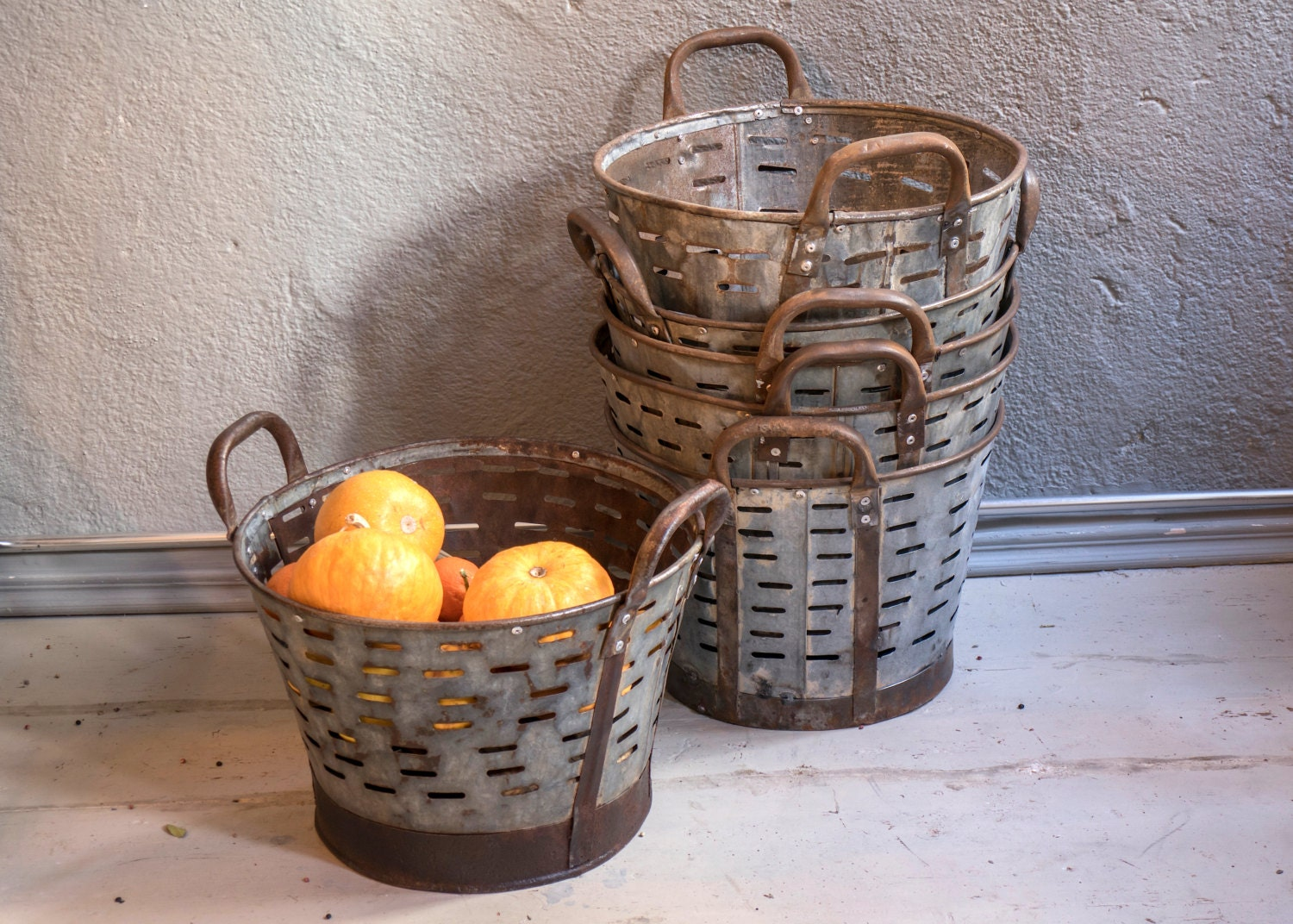 Small rustic metal olive and grape bucket old handmade for Rustic galvanized buckets