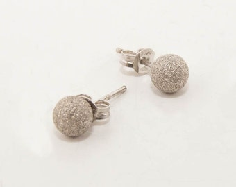 Sterling silver studs 7211