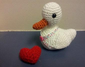 Amigurumi crochet stuffed little white duck