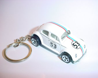 3D Herbie Love bug custom keychain by Brian Thornton keyring key chain finished in white color racing trim diecast metal body vw beetle