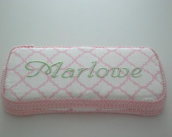 Quatrefoil Pink Personalized Baby Wipes Case