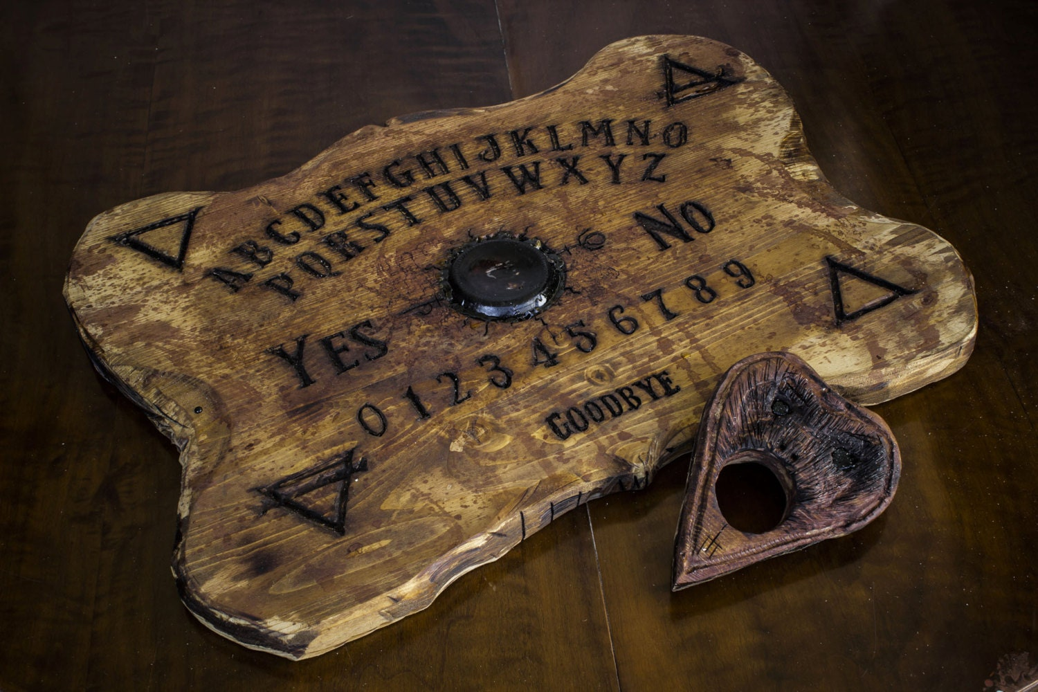 Real ouija board wood hand sculpted by orionoddities on etsy - Planchette de bois ...