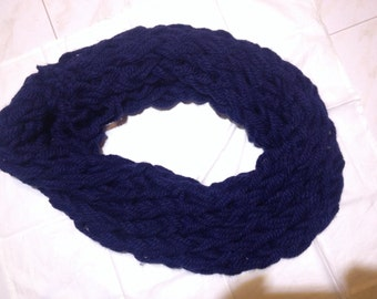 Hot neck for cold days. Also available in different colours on request.