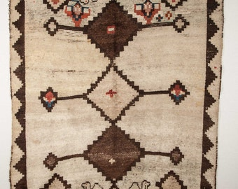 6'2'' x 4'6'' /189 x 139 cm  GABBEH Rug, id: 0199  FREE shipping with UPS.