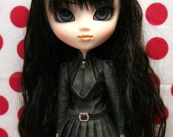 """Dress patterns and instructions of 'Pleated skirt dress"""" (for Pullip)"""