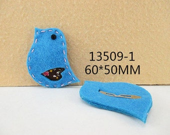 1 PIECE - Blue Felt Bird / Birdie Hair Clip Hairclip  - Accent - Resin