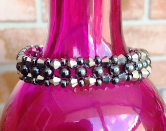 Metallic Gunmetal Sparkle Beaded Bracelet Silver-Plated Toggle Clasp 6.75 inches Stackable