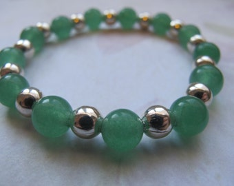 Green and Silver Glass Beaded Bracelet