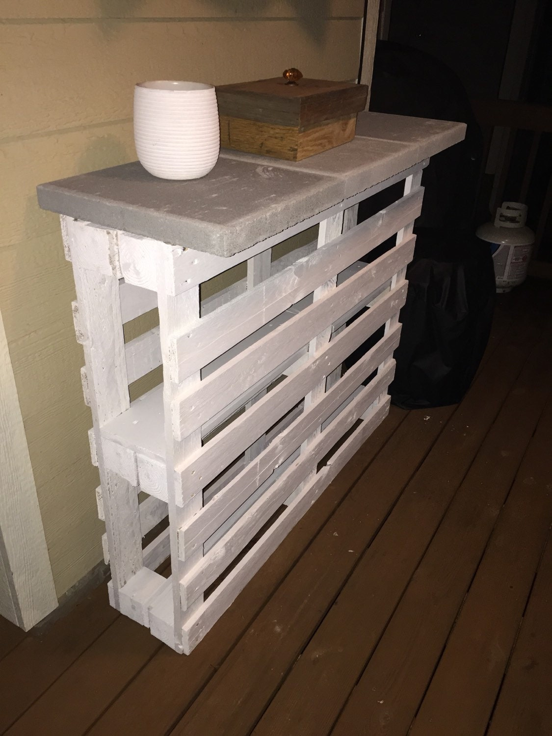 Patio bar pallet furniture outdoor bar by presidentialpallets for Pallet furniture bar