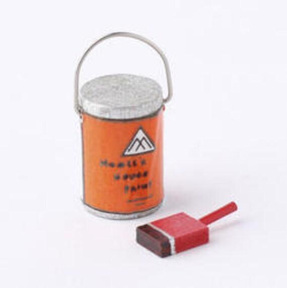 paint bucket and brush - photo #26