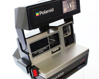 Vintage POLAROID SUN 600 Light Management System (LMS) Land Instant Film Camera in Great Condition!!  Introduced in 1983