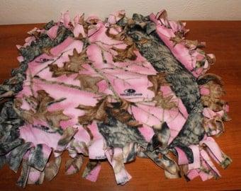 Pink Mossy Oak Tie Knot Lovey