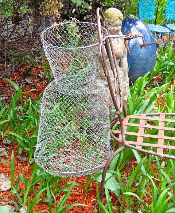 Fishing net wire mesh net bourriche keepnet for Fish wire basket