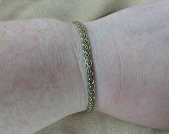 Vintage Goldtone Design Bracelet, Length 7.25''