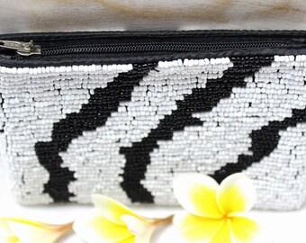 white black multicolor Beaded wallet purse, Purses, beads wallet,  cosmetics purse, Iphone purse beaded, Zipper Pouch Makeup Bag B027