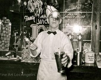 "Russell Lee Photo, ""Soda Jerk"" Corpus Christie, Texas, 1939"