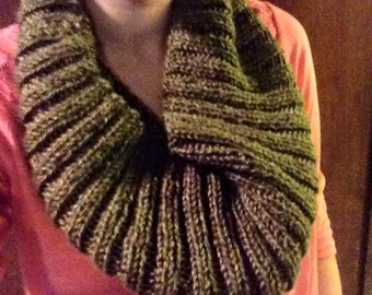 Green knitted infinity scarf/cowl