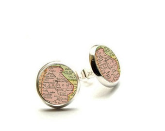 Madison Wisconsin Vintage Map - Hypoallergenic Earrings