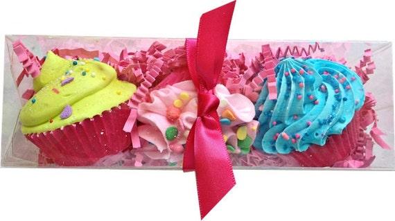 Feeling Smitten Cupcake Bath Bombs Handmade Goodness Mini 3 Pack Fruity