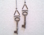 Vintage Skeleton Key necklace in Silver