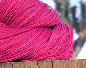 Natural Dye -  BFL Wool (Blue Faced Leicester) - Cochineal