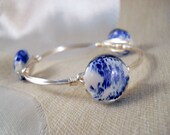 Stackable Wire Wrapped Bangle Bracelet with China Blue and White Glass Discs in Silver