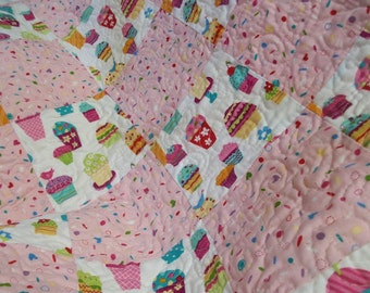 Baby Blanket, Baby Quilt for baby girl in pink cupcake motif, baby quilt