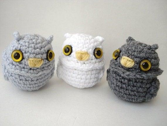 Amigurumi Owl Keychain : Owlet Amigurumi Owl Doll with Keychain or Ornament Options