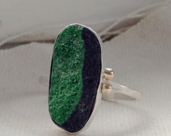 Ring handmade in Sterling silver, recycled 14k yellow gold dots and a neat green and black  druzy stone.