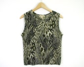 Vintage 1990s Animal Print Tank Top - Women's Olive Green Leopard Print Sleeveless Crinkle Press Pleated Top - Size Medium