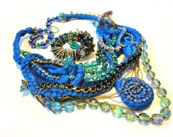 """An other  """"Blue pathways"""" Necklace"""