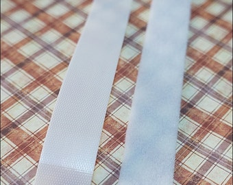 2 cm x 90 cm Velcro White Super Thin for Blythe / Dal / Pullip Doll Dress Project ( 1 Yard or 90 cm )