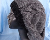 gray/black slouchy knit hat