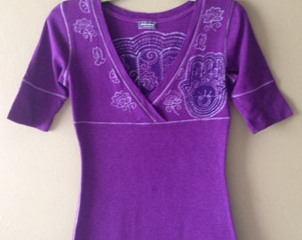 Batik women/ Purple Hamsa/  V-neck Top/ Hand painted Top/ Hand dyed Batik/ Eco friendly Tops/ Tops & Tees/ Yoga clothes