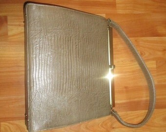 Ultra Classic and Sophisticated Lizard Embossed Vintage Purse