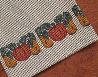 Vintage Tea Towel/ Dish Towel - Green and White With Pumpkins