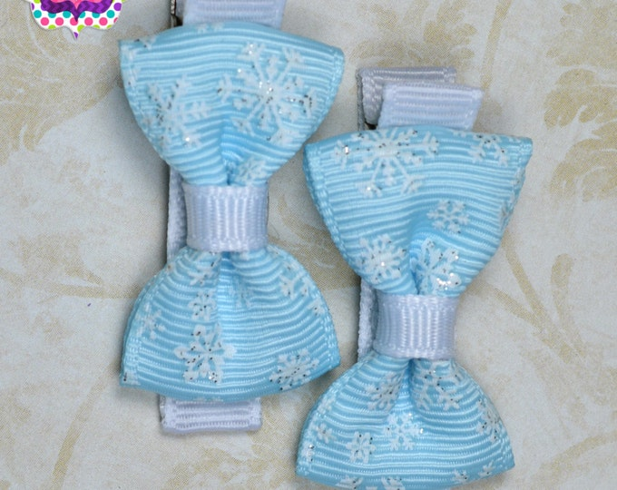 Blue Snowflake Hair Bow Set of 2 Small Hairbows - Girls Hair Bows - Clippies - Baby Hair Bows - Mini Hair Bow Sets