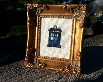 Doctor Who Cross Stitch Kit - TARDIS Sprite