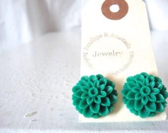 Emerald Green Chrysanthemum Flower Stud Post Earrings