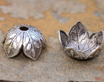 4  Antique Silver Plated 8mm Etched Daisy Petal Bead Caps - 2 pairs  - Nunn Designs